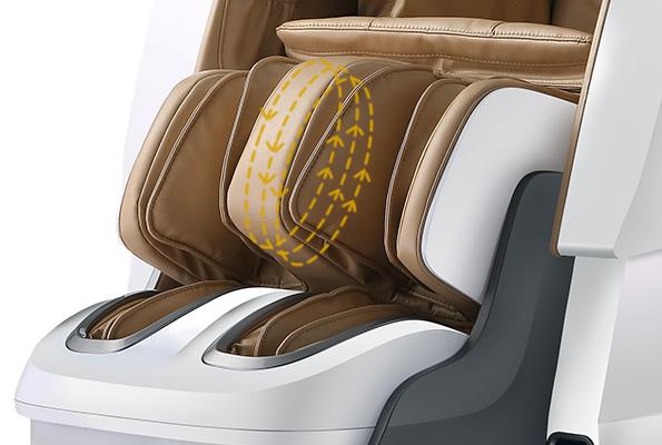 Pétrissage des mollets sur le fauteuil Komoder Luxor